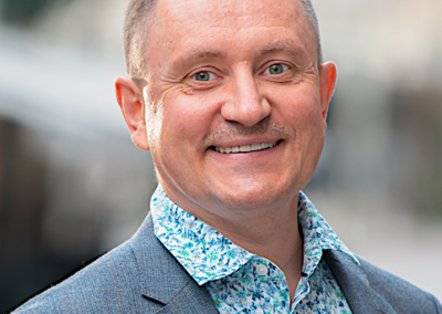 RYTIS JURKĖNAS | Edukacinių bendrovių grupės KALBA įkūrėjas, konsultantas karjeros ir vidurinio mokslo klausimais