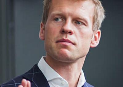 KĘSTUTIS VINGILIS |  HR specialistas, švedijos karo akademija, orientalistikos studijos